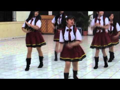 NEMURIHIME At UNIVERSITAS WIDYATAMA (Cover Dance AKB48 Heavy rotation,river)