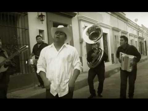 Asomate a tu ventana Rey Sanchez (Video Oficial)