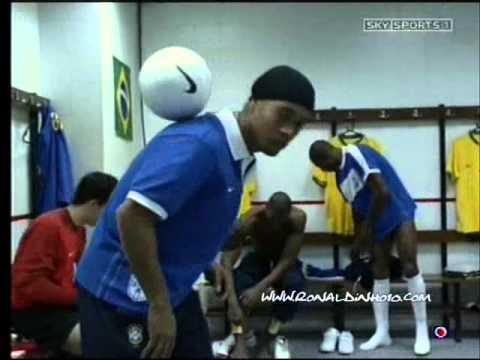 Joga Bonito Ronaldinho, Roberto Carlos, Ronaldo, Adriano. NIKE Commercial Brazil