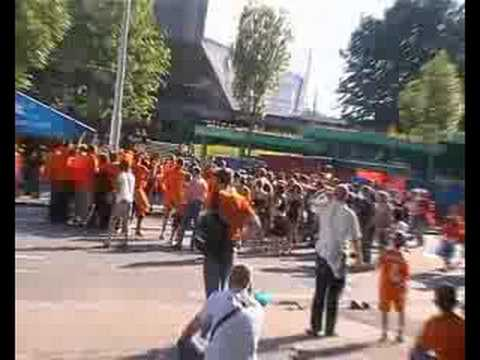 Holland - Russia (atmosfere outside the stadium)