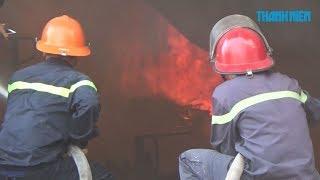 Biển lửa kinh hoàng trong vụ cháy xưởng gỗ tại Bình Dương