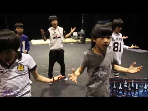 2015.4.24 Dragon Boys vs BTS《Boy In Luv》龙拳小子 vs 防弹少年团《男子汉》