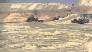 Suez Canal new: a scene in the dig Saturday, October 18th, 2014