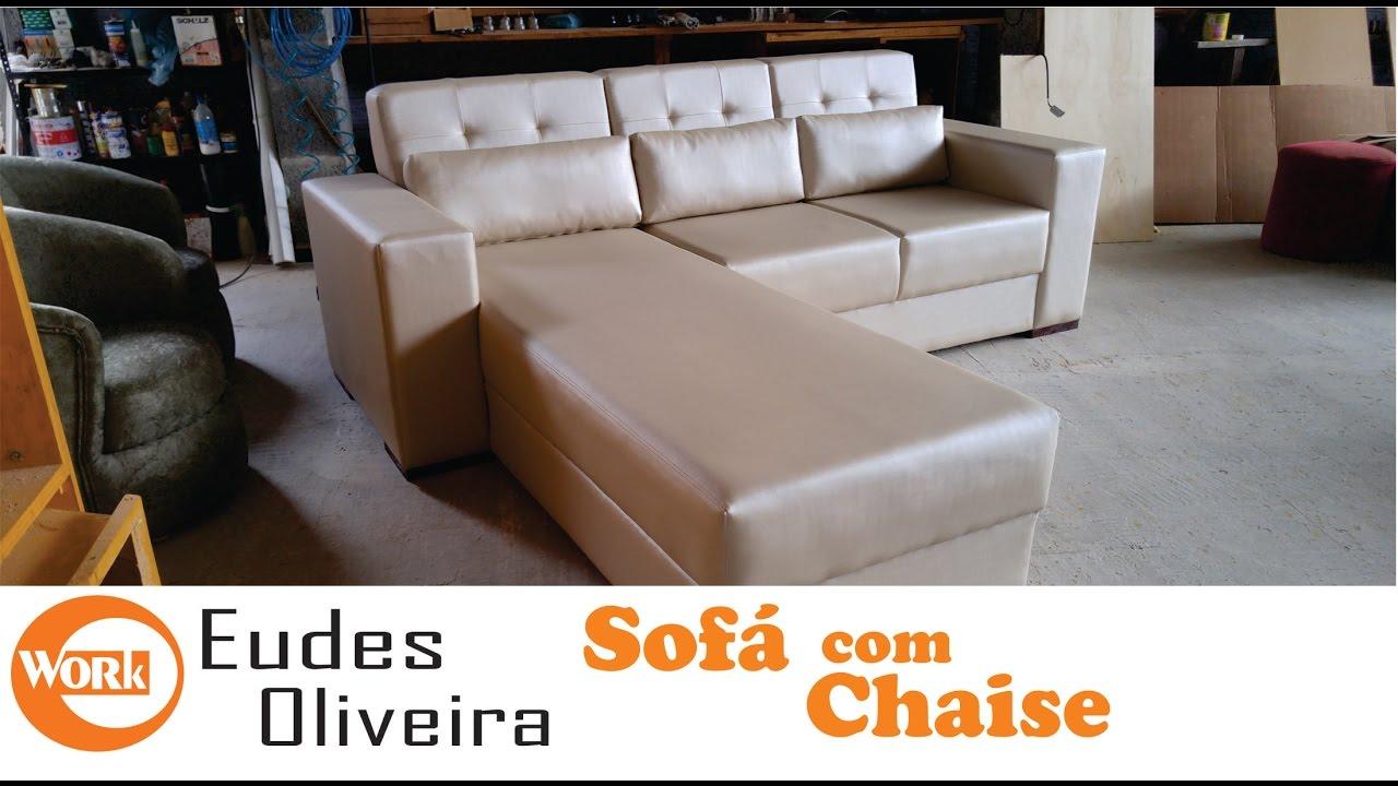 Sofá com chaise, (fabricação)/ Manufacture of custom-made sofa ...