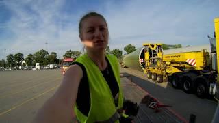 Przygotowanie naczepy pod śmigło 49m, Preparation for blade loading- Iwona Blecharczyk Trucking Girl