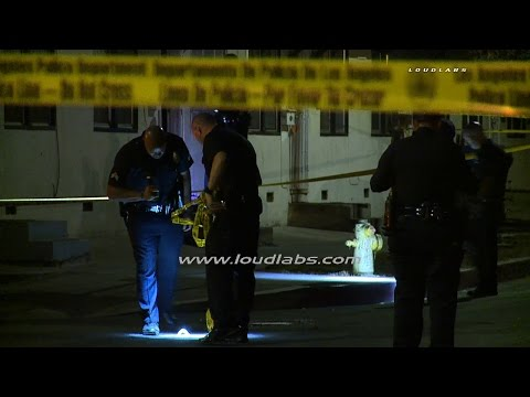 One Critically Injured in Shooting / Wilmington  RAW FOOTAGE