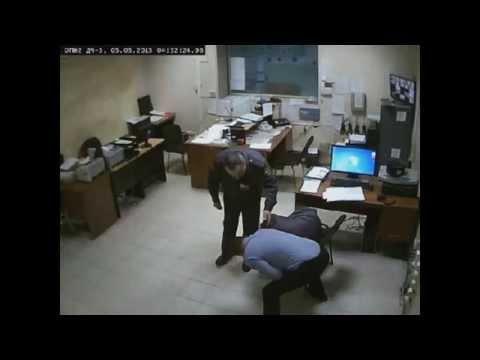 Зам.начальника отдела полиции №2  г.Перми избивает подчиненных