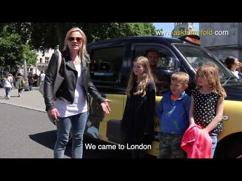 London black cabs offer mifold portable car seats to their y