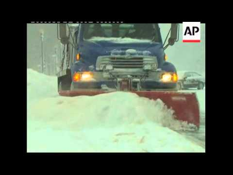 Heavy snow batters Mid-Atlantic region of the United States