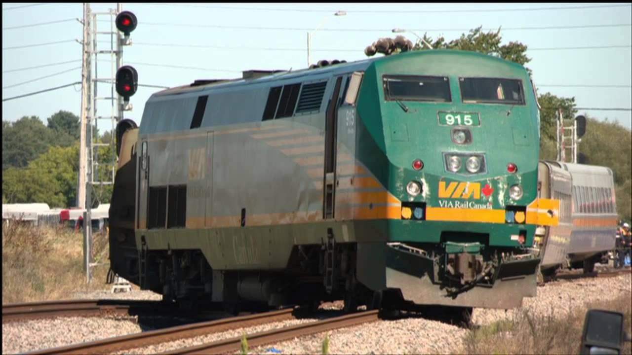 Deadly Train Bus Crash In Ottawa Youtube