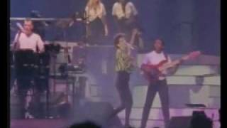 Lisa Stansfield Live at Wembley - 13/17 Change.wmv