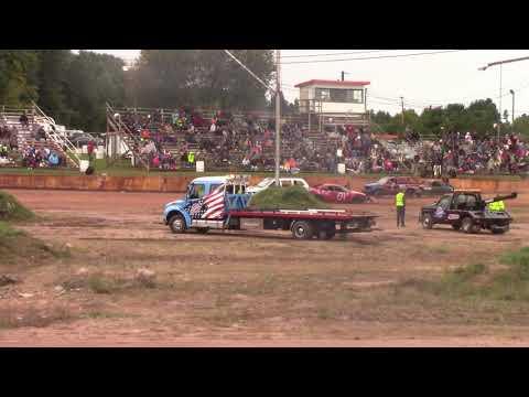 Tomahawk Speedway Eve of Wreckin Sh!t chain race part 2 2018