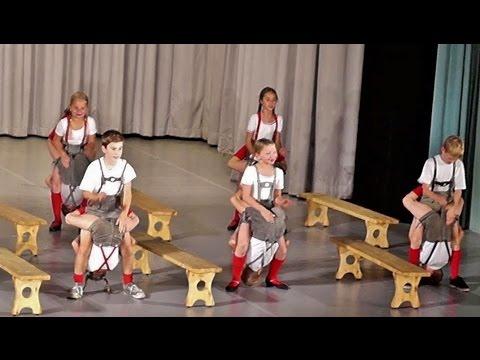Traditional German Dance - Bavarian Folk Dance