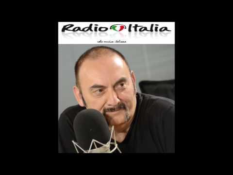 """Pino Mango canta il Jingle di Radio Italia """"Solo Musica italiana"""""""