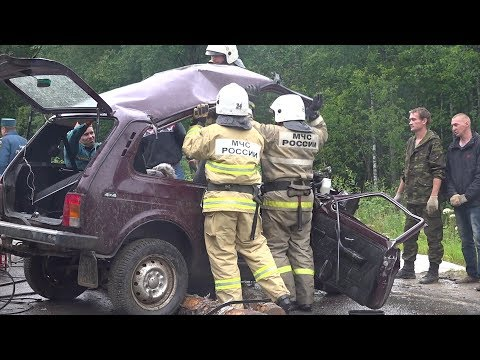 В страшном ДТП в Шарьинском районе погибли 2 человека
