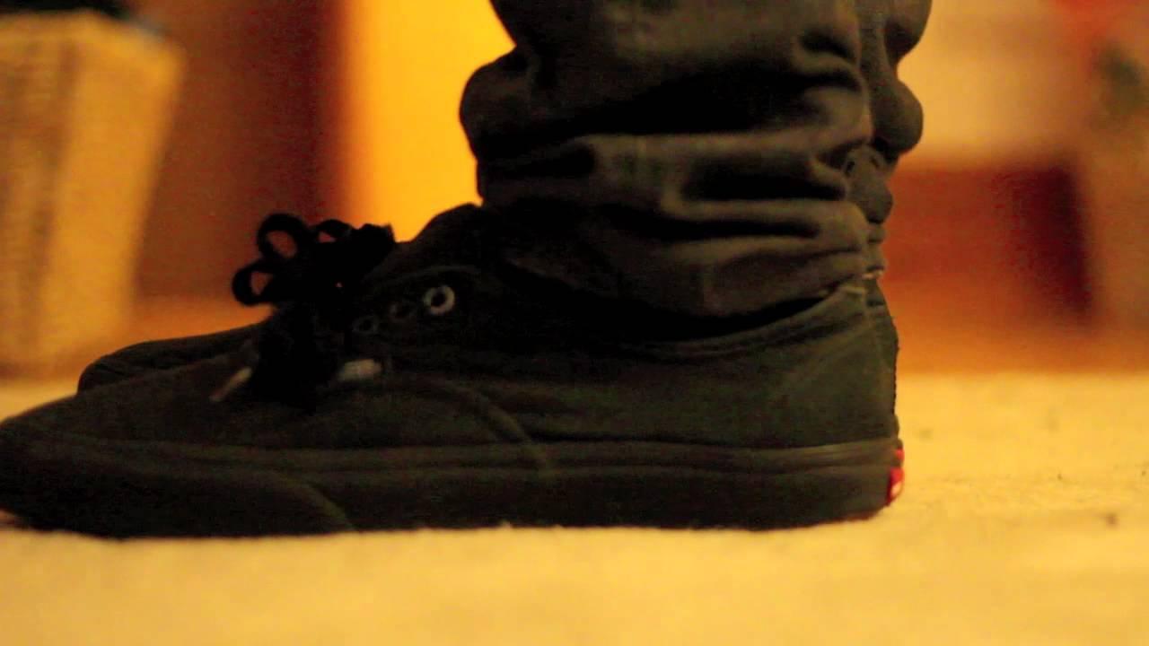 Vans Authentic all blacks on feet