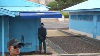 韓国・北朝鮮の軍事境界線上 板門店の光景(韓国側から)