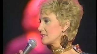 TAMMY WYNETTE IN CONCERT PART 3