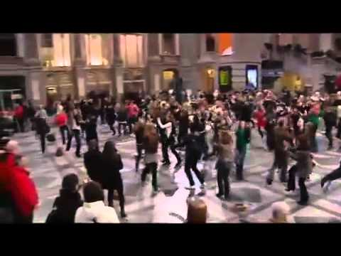 Historical Flash Mob In Central Station Antwerp Belgium Youtube