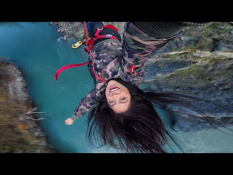 Bungee jump - Road trip New Zealand