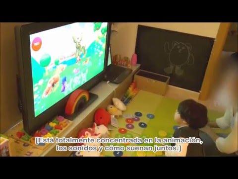 bebé-políglota-de-20-meses-practicando-los-fonemas-con-story-time-(badanamu)