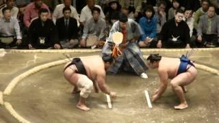 20120514 大相撲5月場所9日目 安美錦vs鶴竜.