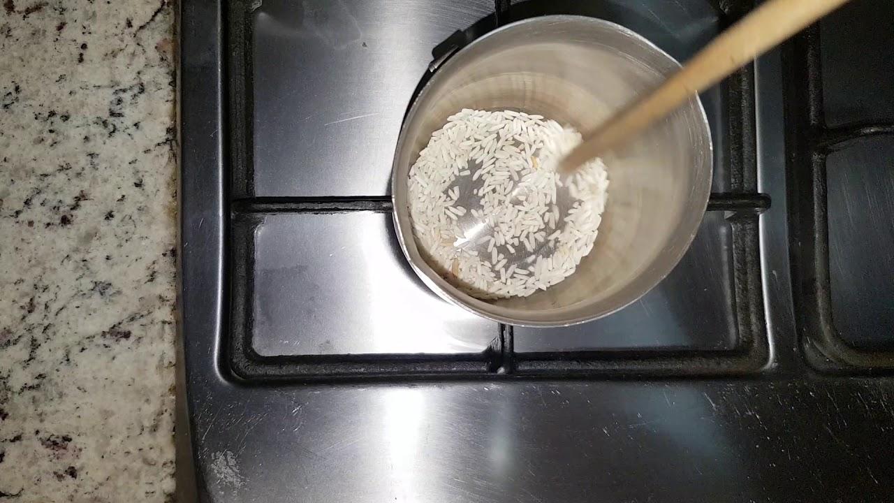 como hacer agua de arroz para bebes