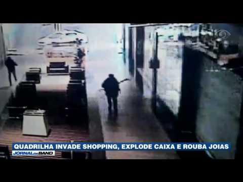 MG: Quadrilha invade shopping e rouba joias