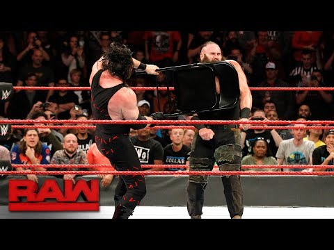 Kane  brutalizes Braun Strowman with a steel chair: Raw, Nov. 20, 2017