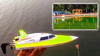 Extreme high-speed competitions radio-controlled models of motor boats