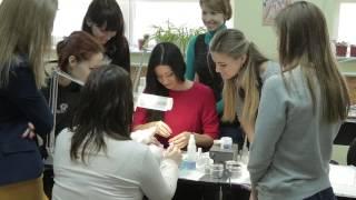 Учебный центр по маникюру, педикюру и наращиванию ногтей.Компания
