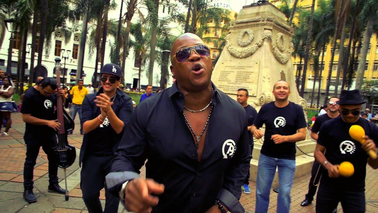 Download La Maxima 79 - Pobrecita (official videoclip)