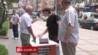 Rize'de Cumhurbaşkanı adayı Selahattin Demirtaş'ın seçim standı bir...