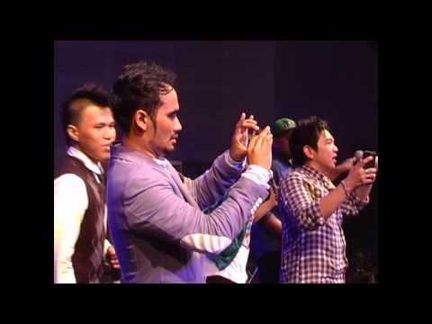 Sidney Mohede ft Disciples ft TW Youth Hatiku Percaya @YCC 30Nov'12 Salatiga