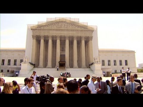 US high court strikes down part of Voting Rights Act