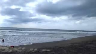 平砂浦南パラでのサーフィン動画です