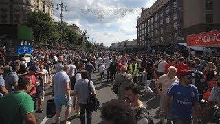 Ukrainians offer solution for Liverpool fans trying to get to Kiev Champions League final | ITV News