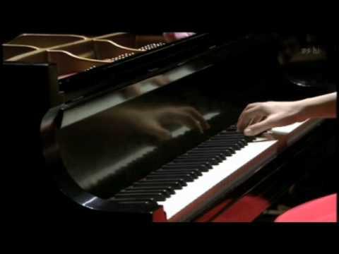 Alice Sara Ott - Hungarian Rhapsody No.2
