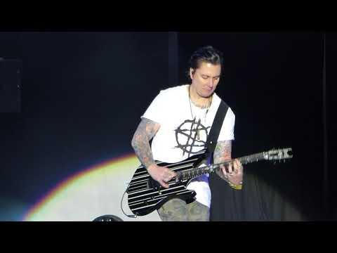 Avenged Sevenfold : Wish You Were Here (Pink Floyd cover) @ Download Festival UK 2018