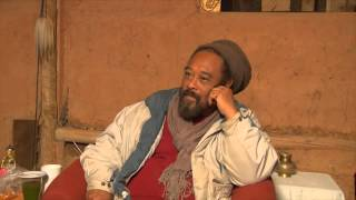 A MUST SEE VIDEO!!! A FULL POWER EXPRESSION OF NON-DUAL WISDOM. A spontaneous talk by Mooji