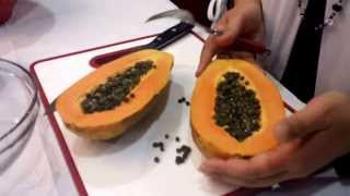 How to clean, cut and eat a papaya!