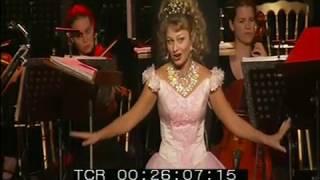 Элеонора Джулик Песенка Марии из мюзикла Звуки музыки Брюссель 2008