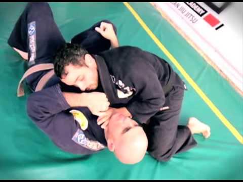 Estrangulamiento desde los 100 kilos - EFSA Cuernavaca Jiu-Jitsu -