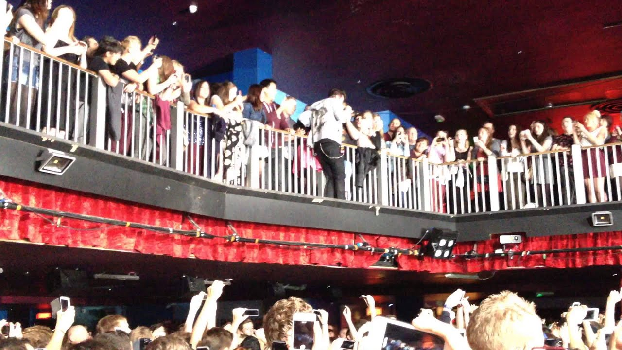 Bastille sheffield o2 academy 23 10 13 flaws around for The balcony music