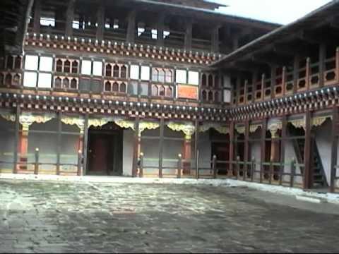 Der Jakar Dzong in Bumthang Jakar in Bhutan
