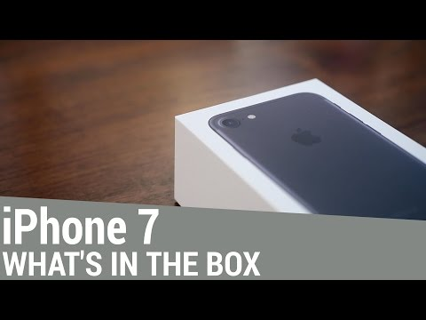 iphone-7-unboxing:-whats-in-the-box?