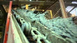 Старый метод обжига кирпича на заводе Chailey(Завод Chailey производит кирпич более 300 лет и является одним из немногих кирпичных заводов Великобритании,..., 2012-11-30T10:23:11.000Z)
