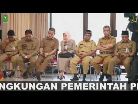 Pelantikan Dan Pengambilan Sumpah Jabatan Pejabat Esselon III Dan IV Provinsi Riau