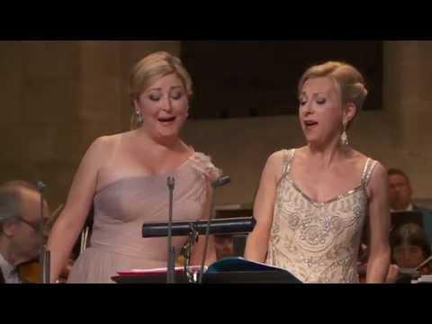 Natalie Dessay & Karine Deshayes  Le Nozze di Figaro: Canzonetta sullaria   Royaumont 2014
