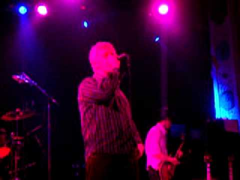Don't Stop Now - Guided By Voices - The Electrifying Conclusion, Chicago - New Years Eve, 2004